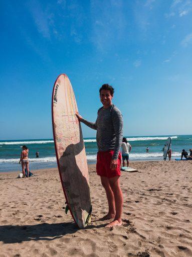 Micha mit Surfbrett